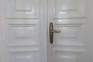 Dettaglio porta villa storica in vendita domoria torino