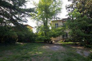 Parco giardino villa storica in vendita domoria torino