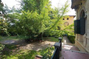 Vista dettagli villa storica in vendita domoria torino